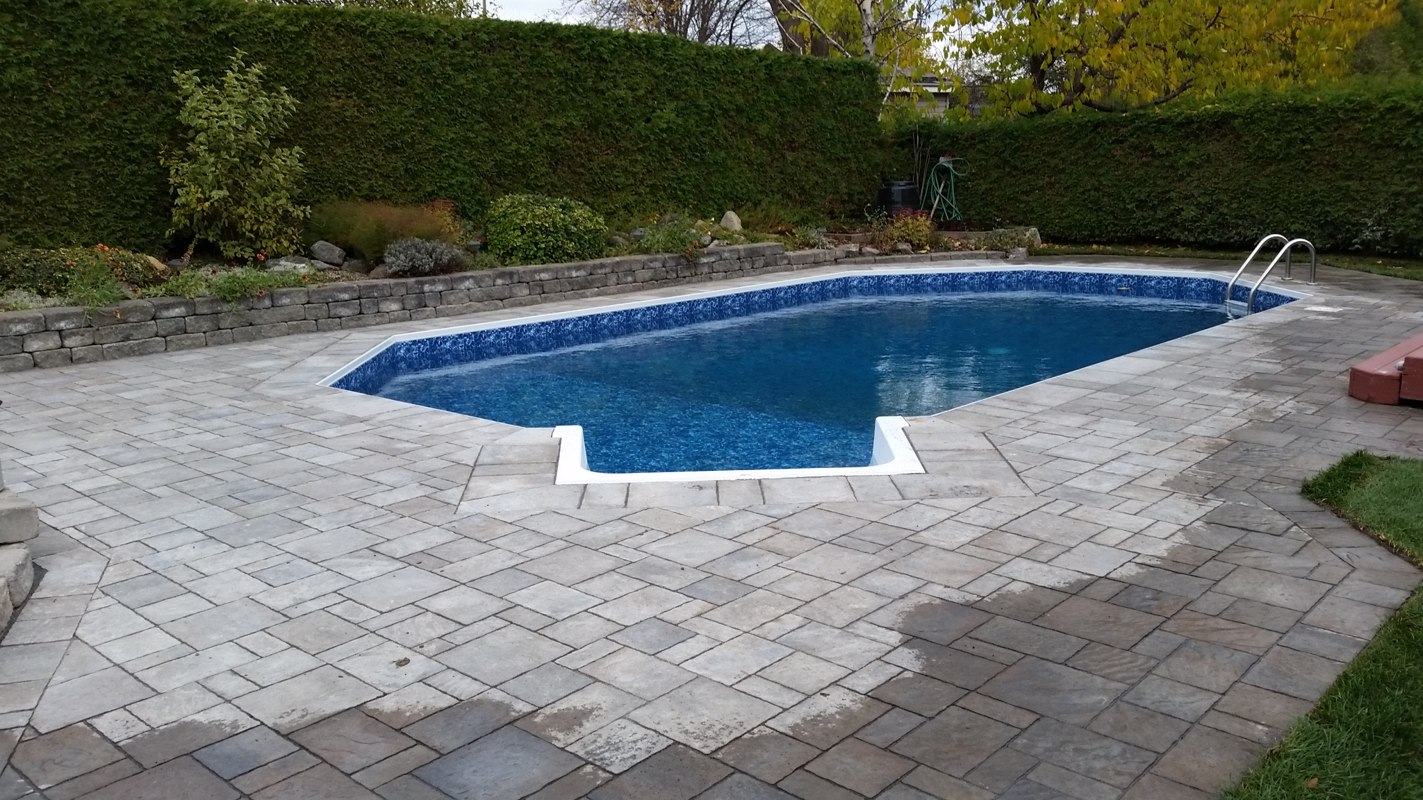 Swimming pool renovations restorations repairs for Pool design ottawa