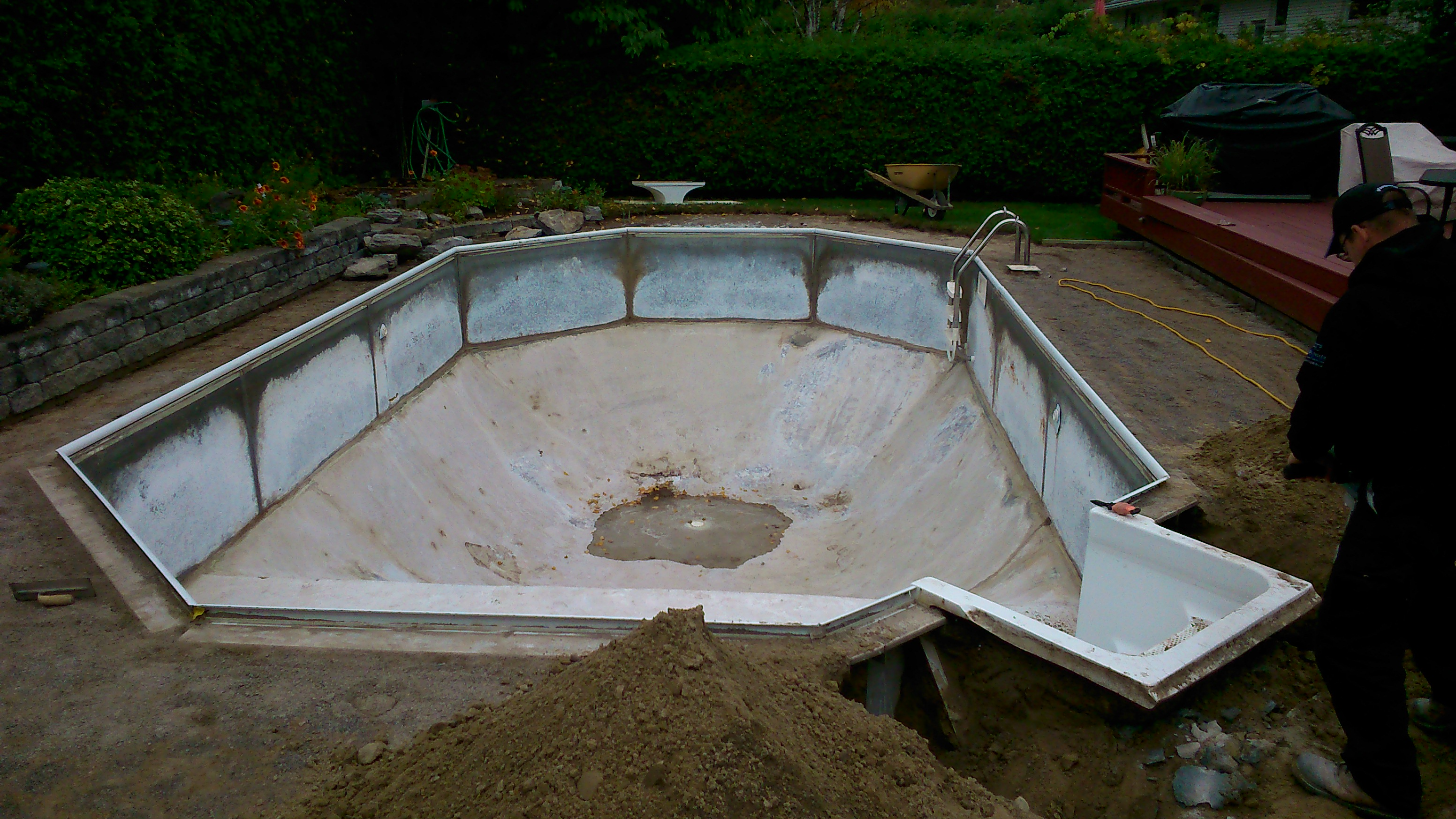 Swimming pool renovations restorations repairs for What to do with old swimming pool
